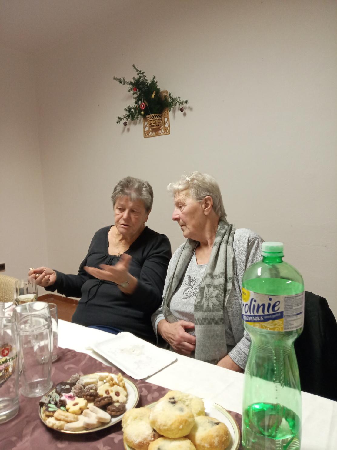 Posezení s důchodci (06)