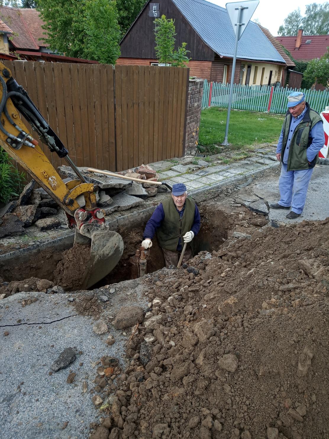 Oprava hydrantů (5)
